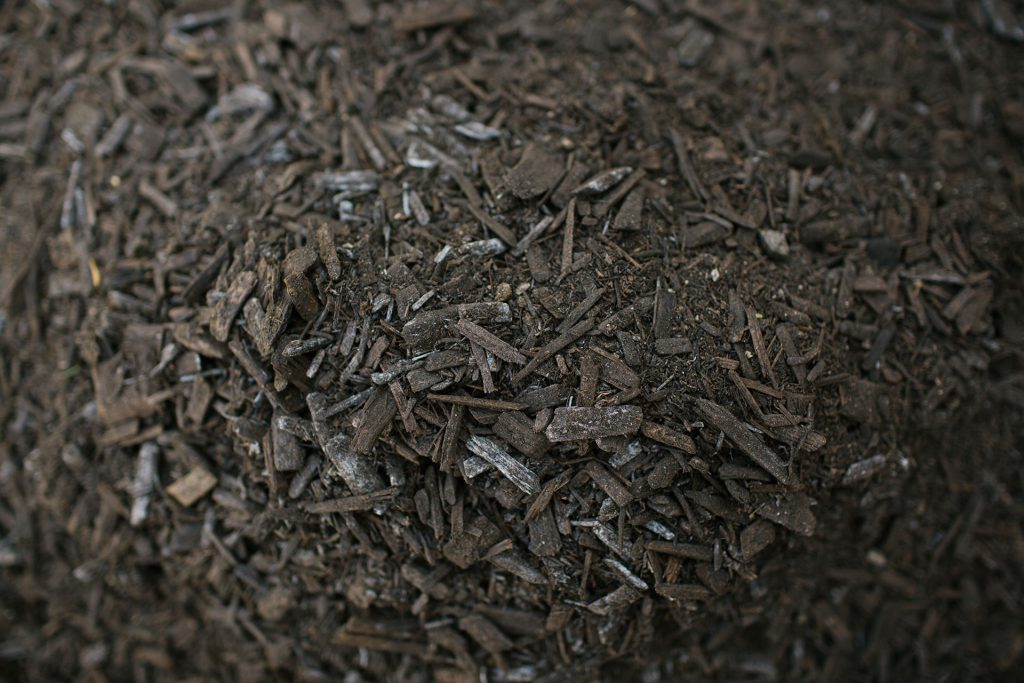 Screened Manure Woodchip Blended Mulch