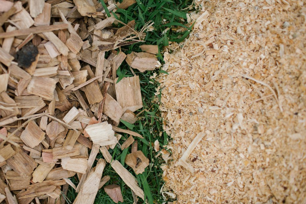 Hardwood Woodchip and Course Pine Sawdust